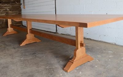 15′ Mission Trestle Table